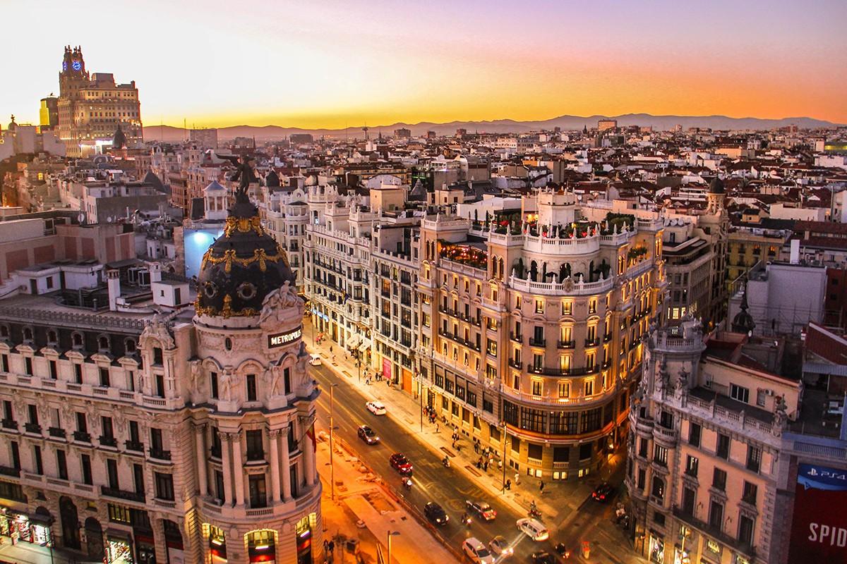 Air Transat va desservir l'Espagne toute l'année ; Le guide complet des croisières fluviales en 2019