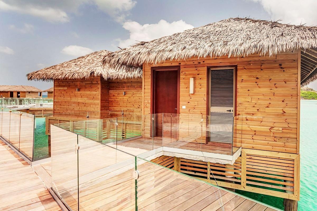Les bungalows sur l'eau du Royalton Antigua ont ouvert !