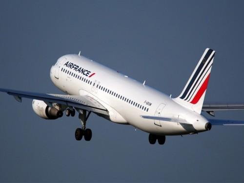 Air France va supprimer le plastique à usage unique d'ici fin 2019