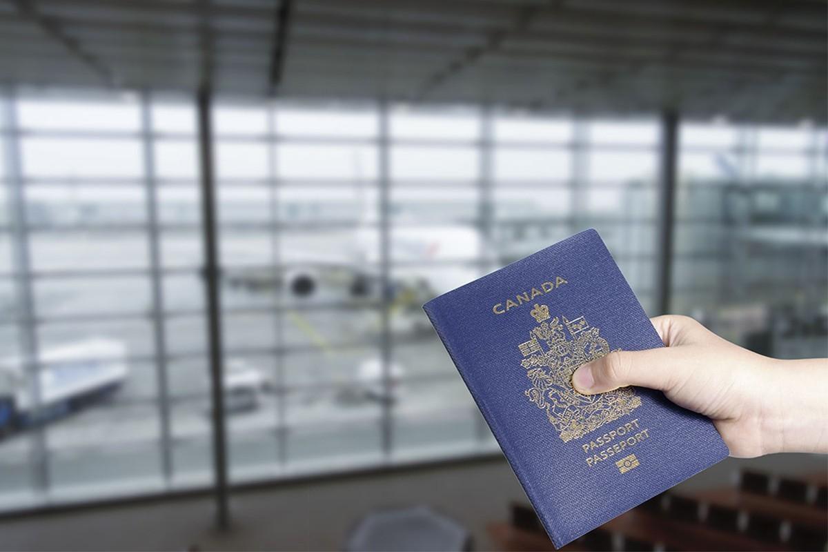 Tout ce qu'il faut savoir sur le passeport canadien