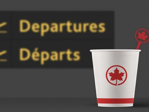 Air Canada bannit officiellement les bâtonnets en plastique à usage unique