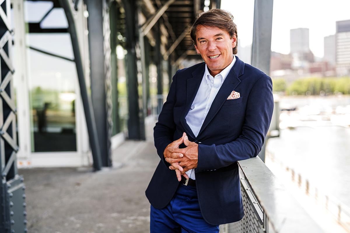 Yves Lalumière : « Le défi, c'est d'aller chercher les clients et de les garder en agence »