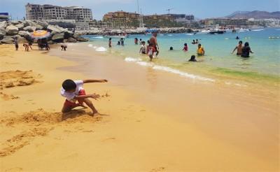 Un dimanche avec les locaux à Playa Publica Empacadora