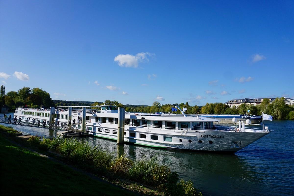 PAX à destination : une croisière sur la Seine avec CroisiEurope