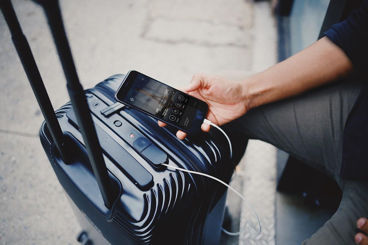 Rappel à propos des « bagages connectés »