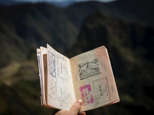 Quels pays possèdent possèdent les passeports les plus puissants du monde ?