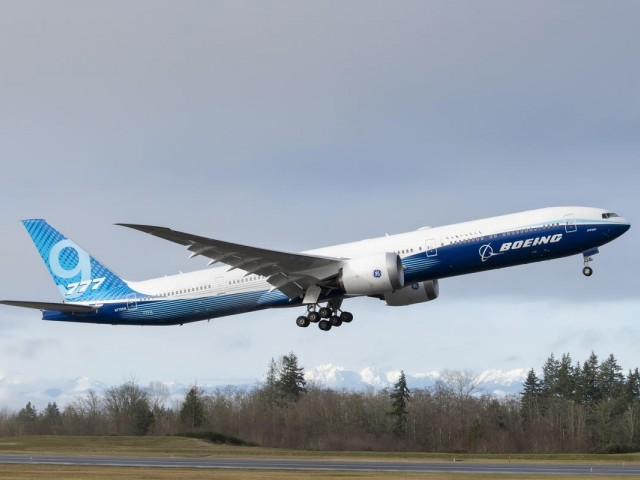 Le Boeing 777X prend son envol pour 2021