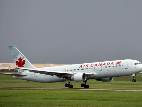 Un Boeing d'Air Canada doit effectuer un atterrissage d'urgence à Madrid