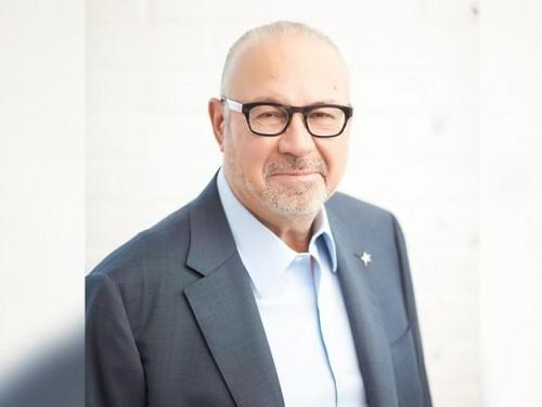 Jean-Marc Eustache s'adresse aux agents de voyages et aux clients de Transat