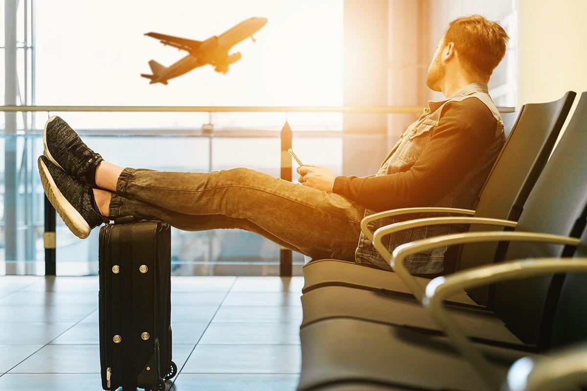 « Restez chez vous aujourd'hui et voyagez demain », lance l'OMT