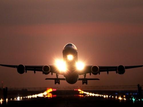 Les revenus des compagnies aériennes plongeront de 55 % cette année
