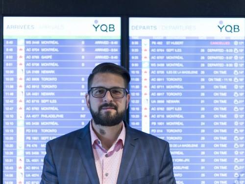 Vol en retard écrit au ministre des Transports pour dénoncer les crédits voyages offerts par les transporteurs aériens