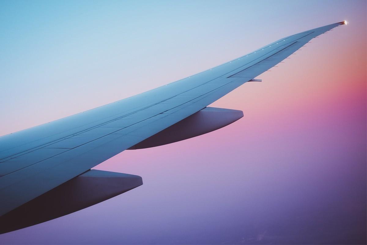 Les mesures de quarantaine risquent de freiner la croissance de l'aviation, selon l'IATA