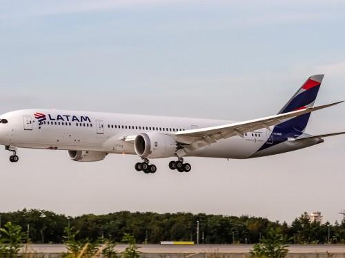 LATAM Airlines, la plus grande compagnie sud-américaine, veut éviter la faillite