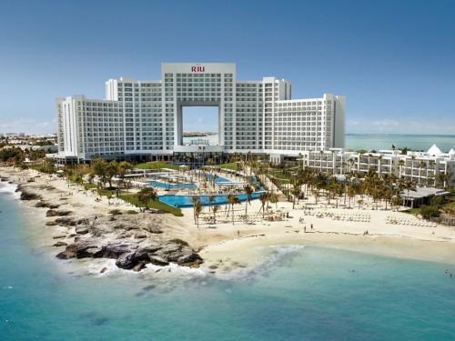 RIU va rouvrir deux hôtels à Cancún