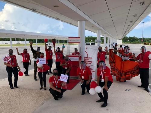 VAC célèbre son premier vol de passagers vers Cancún