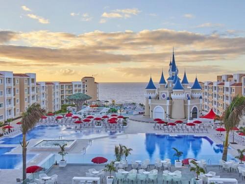 Bahia Principe confirme la réouverture de 9 hôtels en août