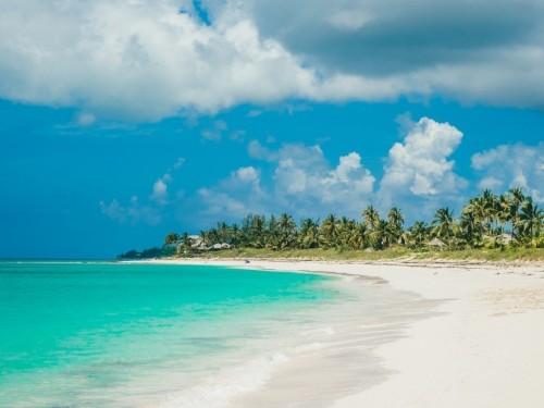 Les Bahamas ferment leurs frontières aux Américains, mais les Canadiens demeurent bienvenus