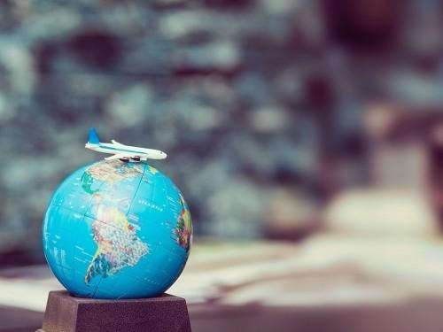 40 % des destinations ont maintenant assoupli les restrictions sur les voyages