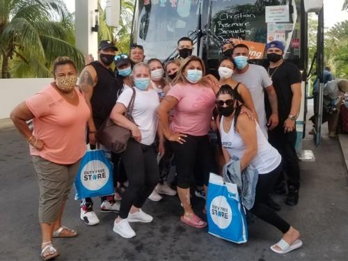 Sunwing célèbre l'arrivée de ses premiers clients à Cancún et Montego Bay