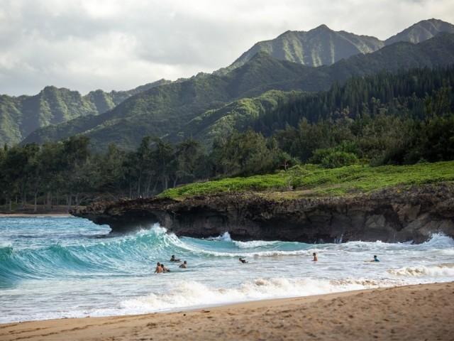 Hawaï : une preuve de test de dépistage négatif de la COVID-19 pour éviter la quarantaine