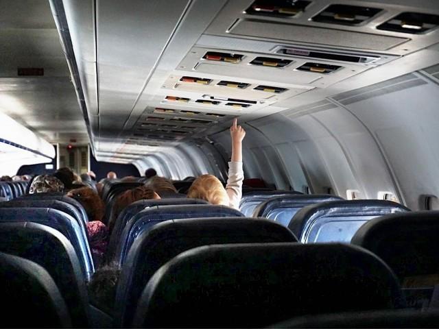 L'IATA assure que le risque de transmission de la COVID est minime à bord des avions