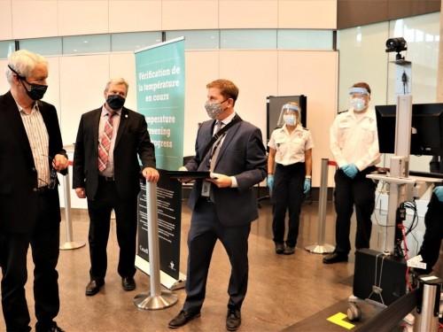 La vérification de la température des voyageurs aériens s'étend à d'autres aéroports canadiens