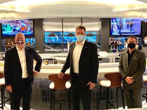 PAX visite le nouveau «WestJet Elevation Lounge» à YYC