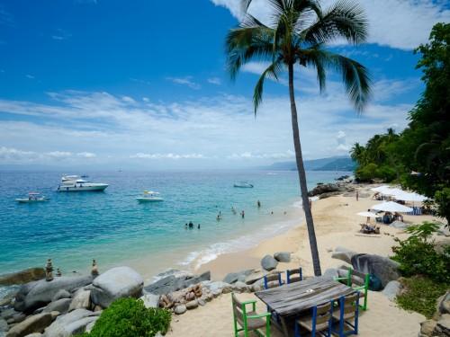 Selon un sondage, 55 % des Canadiens souhaitent partir en vacances pour les Fêtes