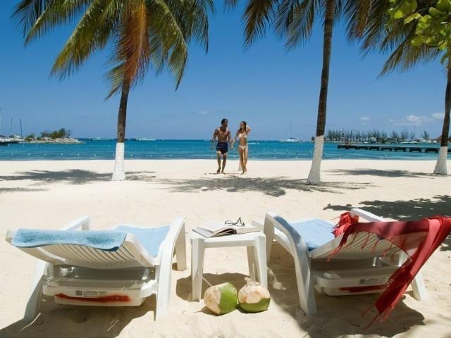 Exemption temporaire du dépistage au départ de la Jamaïque