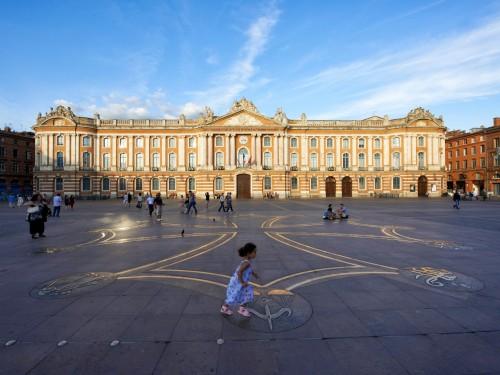Toulouse et Montréal signent une entente – tourisme inclus!