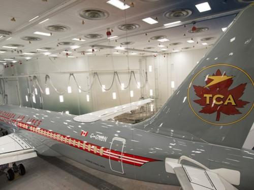 Coup d'oeil sur le nouvel A220-300 d'Air Canada