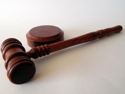 « Hôtels-prisons de quarantaine » : la Cour supérieure de l'Ontario rejette la requête de la CCF