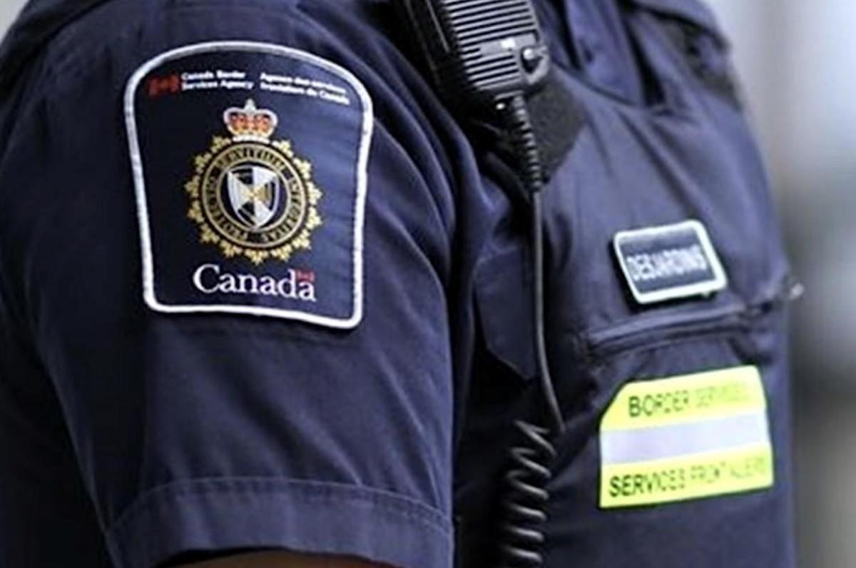 Au moins 30 personnes ont tenté d'entrer au Canada au moyen d'un faux test de dépistage de la COVID