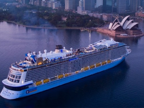 Le Royal Caribbean Group prolonge la suspension de certaines croisières