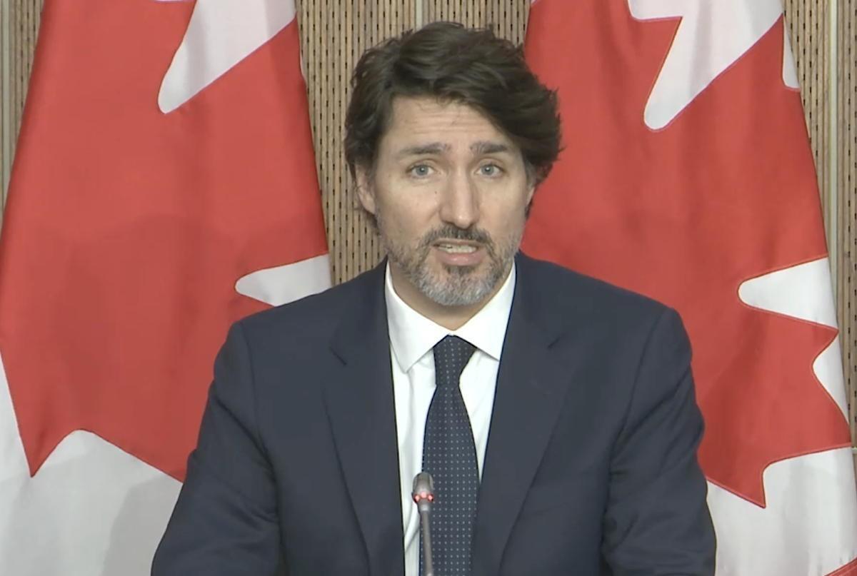 Encore plus de restrictions aux voyages? Trudeau y songe!