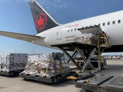 Air Canada achemine du matériel médical en Inde
