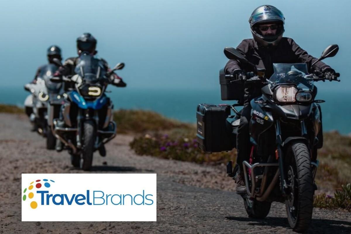 Exotik Tours propose des circuits en motocyclette autoguidés avec Hertz Ride