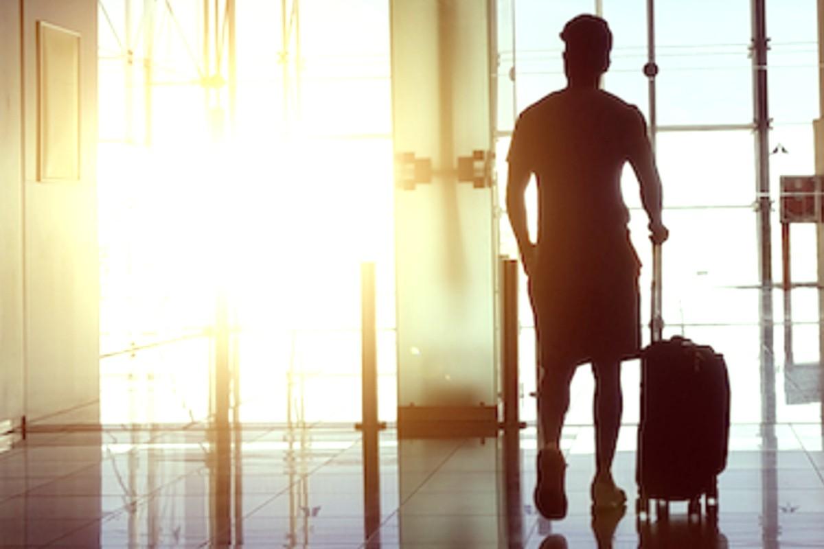 Assouplissements aux mesures frontalières : des hourras assortis de bémols / Air Canada publie son horaire d'été Canada–É.-U. comportant jusqu'à 220 vols quotidiens