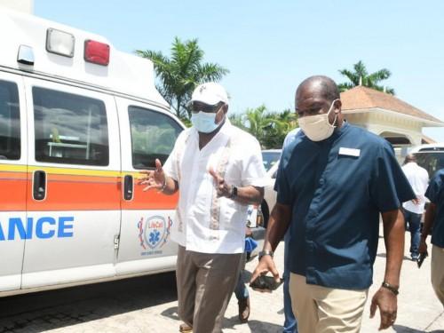 La Jamaïque lance un programme de vaccination COVID dans toute l'île pour les travailleurs du tourisme